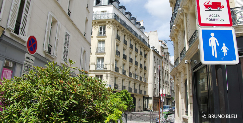 Paris - Panneau indicatif rue piétonne